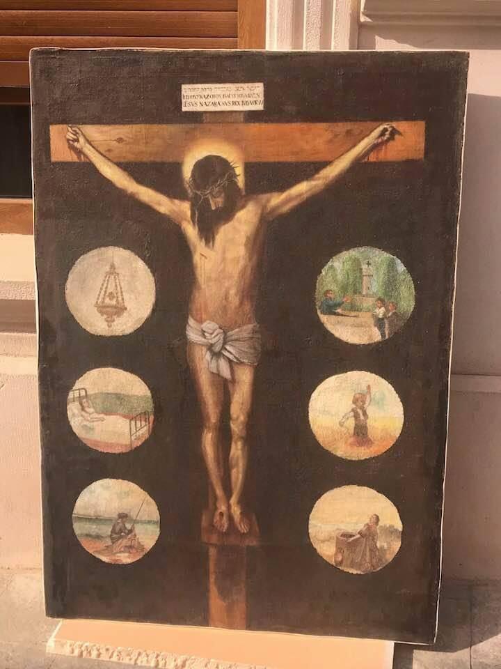 La figura del Santo Cristo vuelve a su lugar